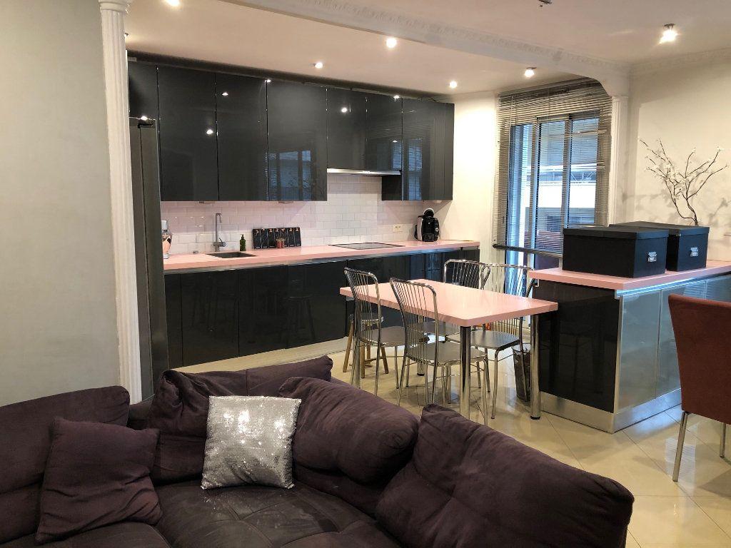 Appartement à vendre 4 80m2 à Saint-Laurent-du-Var vignette-1