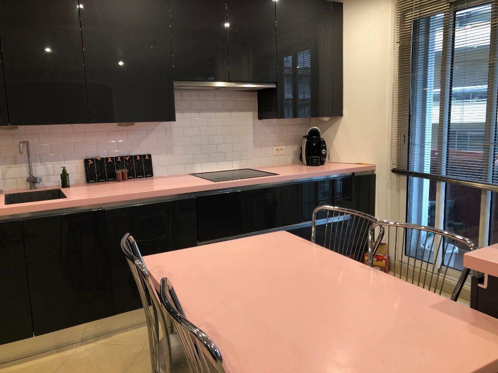 Appartement à vendre 4 80m2 à Saint-Laurent-du-Var vignette-3