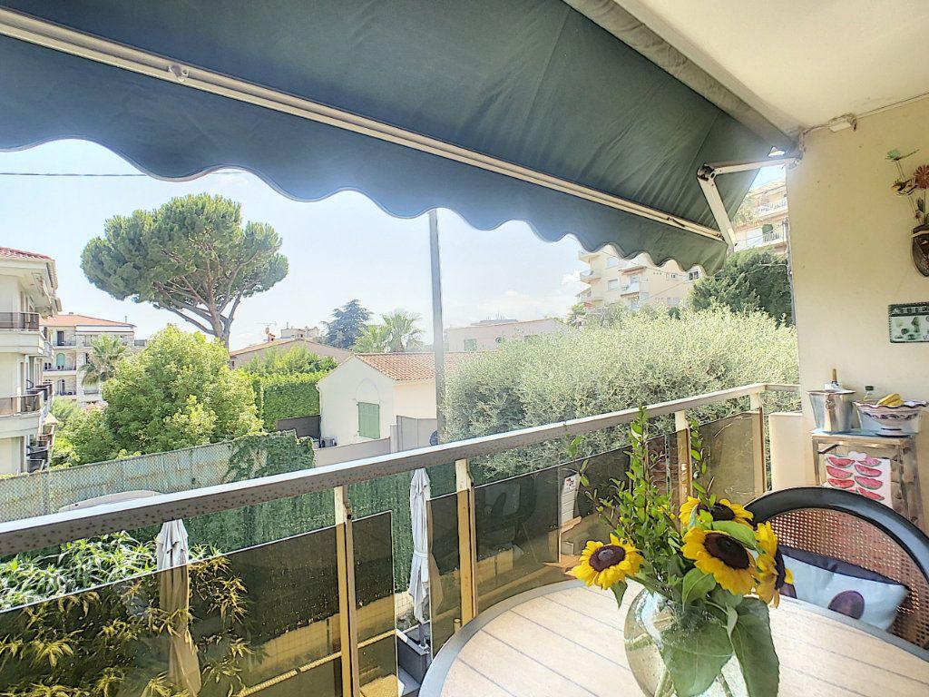 Appartement à vendre 3 73m2 à Nice vignette-1
