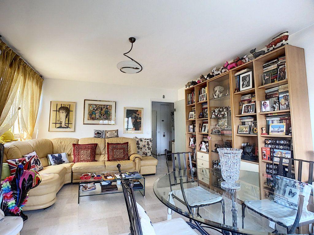 Appartement à vendre 3 73m2 à Nice vignette-2