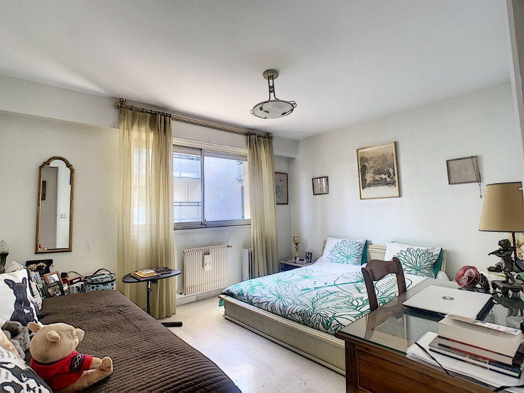 Appartement à vendre 3 73m2 à Nice vignette-3
