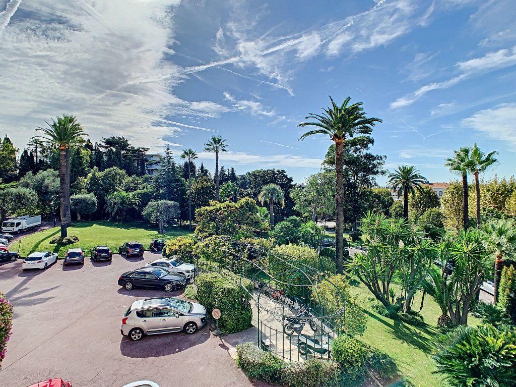 Appartement à vendre 4 192.6m2 à Nice vignette-2