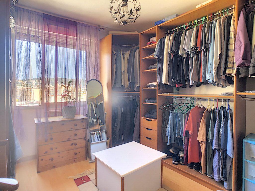 Appartement à vendre 4 73.85m2 à Nice vignette-5