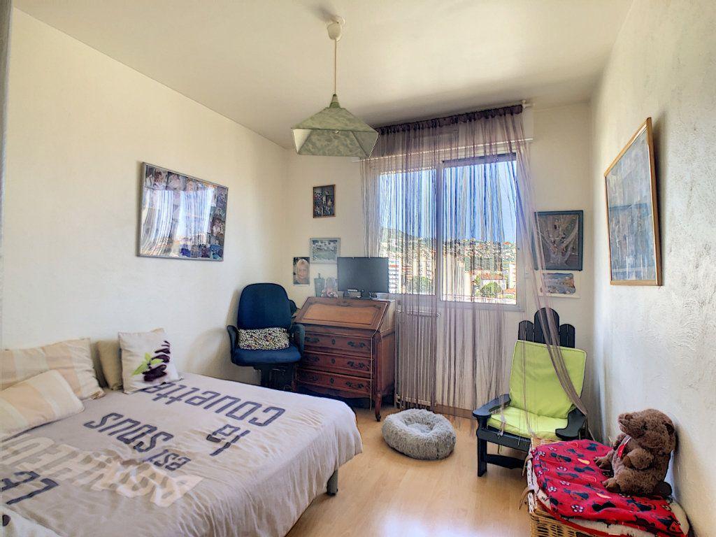 Appartement à vendre 4 73.85m2 à Nice vignette-7