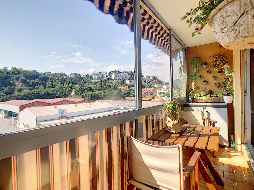 Appartement à vendre 4 73.85m2 à Nice vignette-11