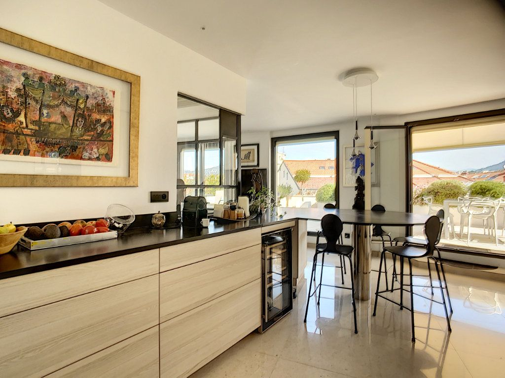 Appartement à vendre 3 61m2 à Nice vignette-6