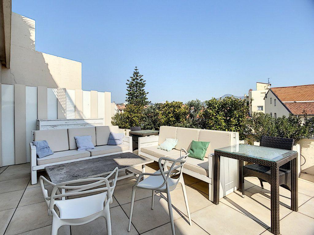 Appartement à vendre 3 61m2 à Nice vignette-12