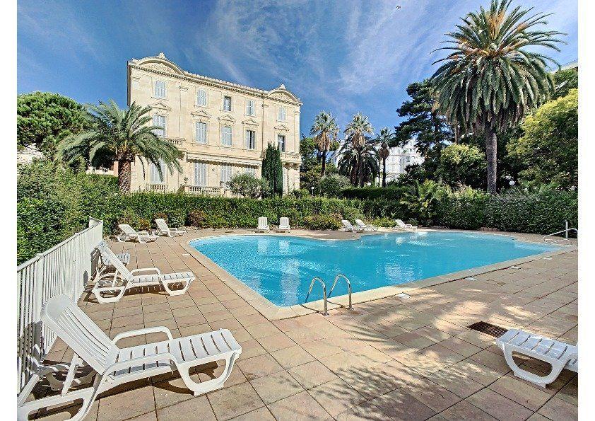 Appartement à vendre 2 43.5m2 à Cannes vignette-1