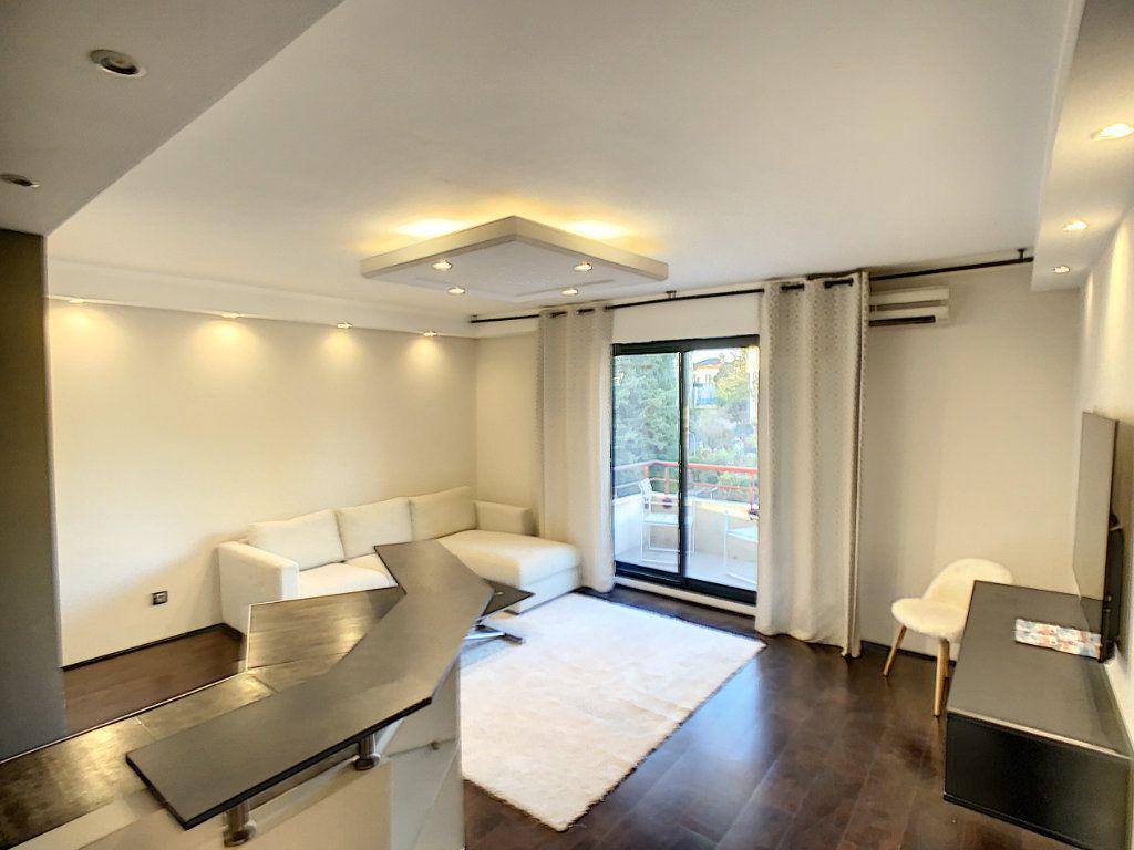 Appartement à vendre 2 43.5m2 à Cannes vignette-3