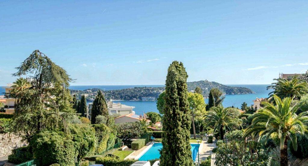 Appartement à vendre 5 120m2 à Villefranche-sur-Mer vignette-1