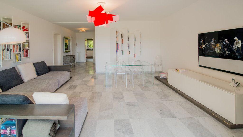 Appartement à vendre 5 120m2 à Villefranche-sur-Mer vignette-4