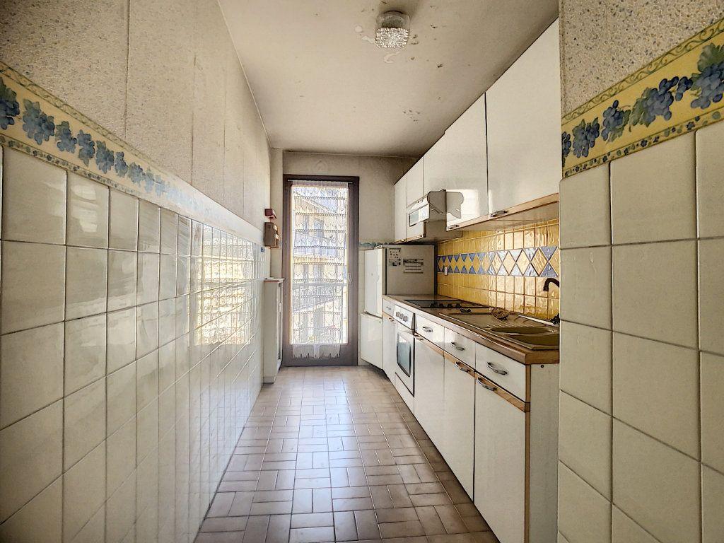 Appartement à vendre 3 67.03m2 à Nice vignette-2