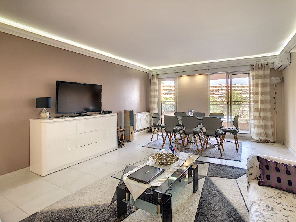 Appartement à vendre 4 96m2 à Nice vignette-3