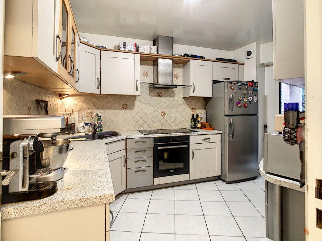 Appartement à vendre 4 96m2 à Nice vignette-10
