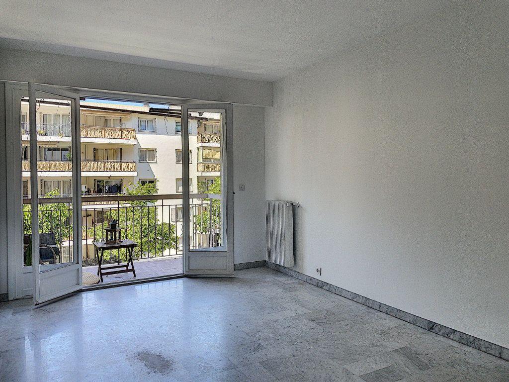 Appartement à vendre 2 41m2 à Nice vignette-4