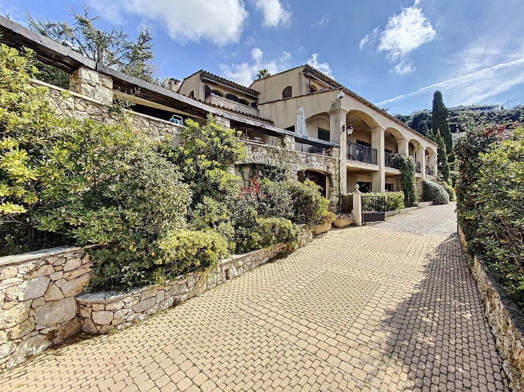 Maison à vendre 12 600m2 à Nice vignette-3