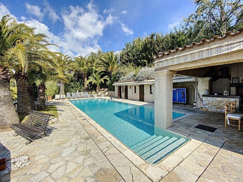 Maison à vendre 12 600m2 à Nice vignette-7