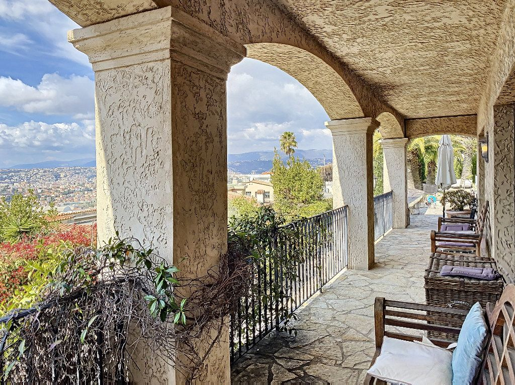 Maison à vendre 12 600m2 à Nice vignette-8