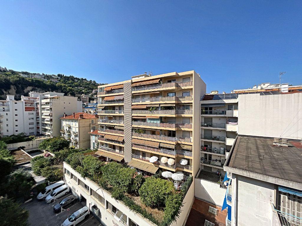 Appartement à louer 2 43m2 à Nice vignette-5
