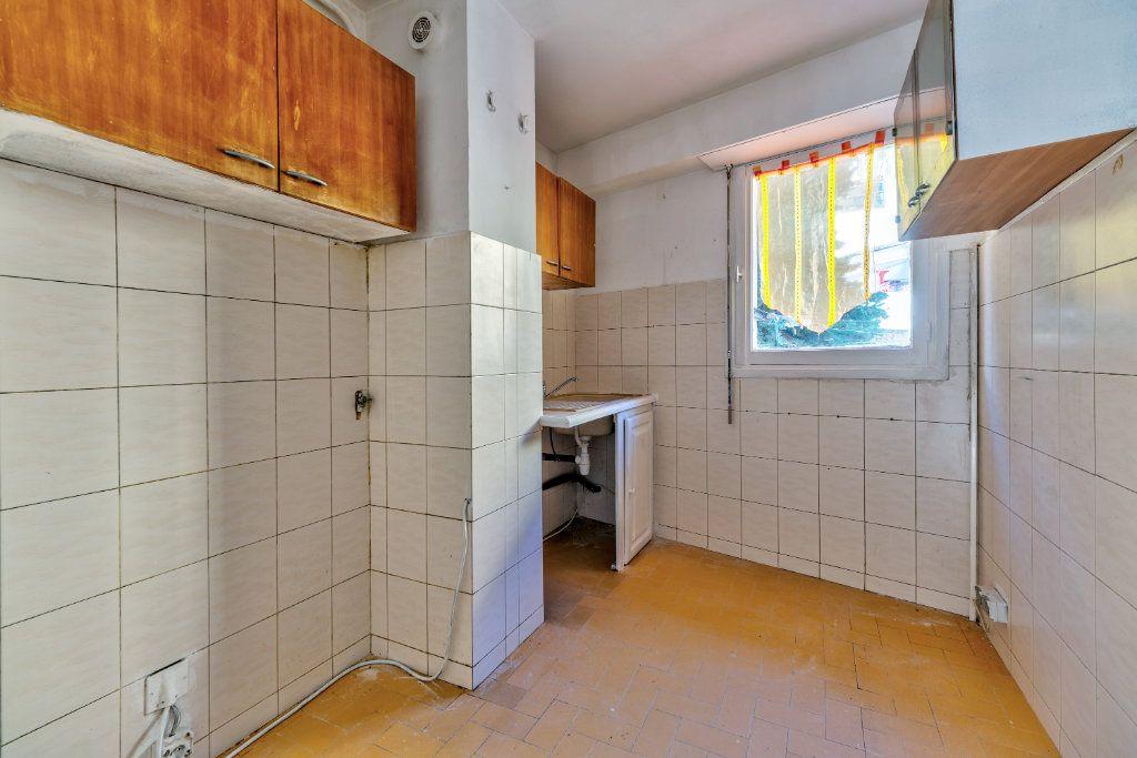 Appartement à vendre 3 55m2 à Nice vignette-3