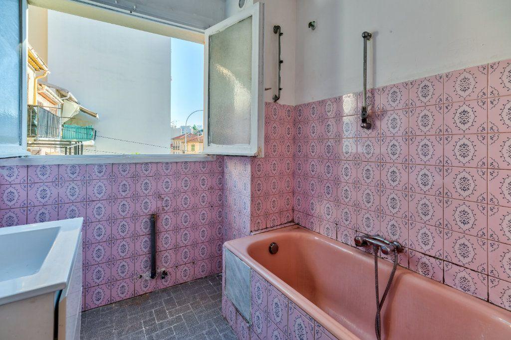 Appartement à vendre 3 55m2 à Nice vignette-6