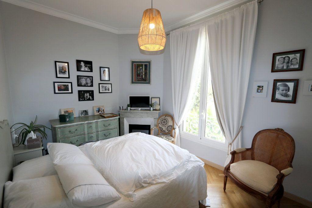 Appartement à vendre 3 62.48m2 à Nice vignette-2