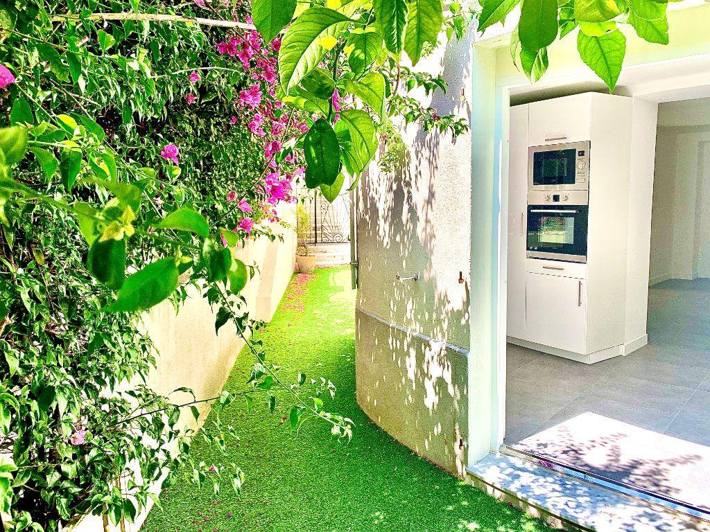 Appartement à vendre 3 76m2 à Nice vignette-3