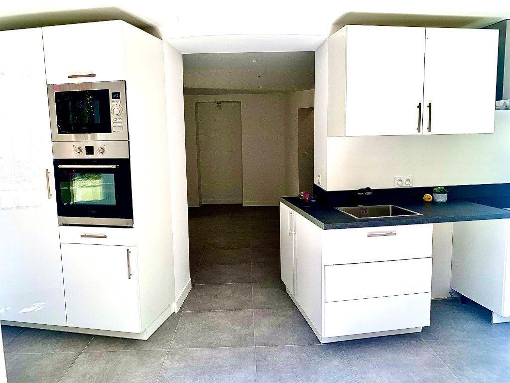 Appartement à vendre 3 76m2 à Nice vignette-4