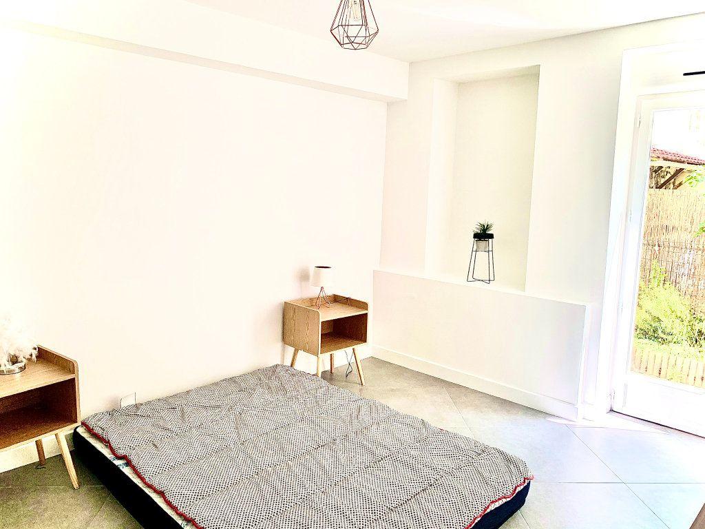 Appartement à vendre 3 76m2 à Nice vignette-5