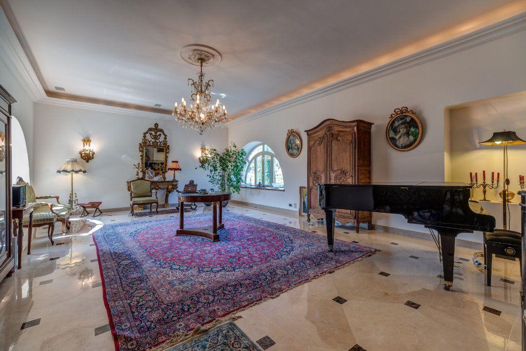 Maison à vendre 8 453m2 à La Colle-sur-Loup vignette-2