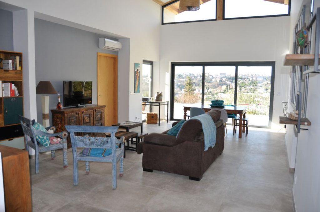 Maison à vendre 4 383m2 à Vence vignette-4