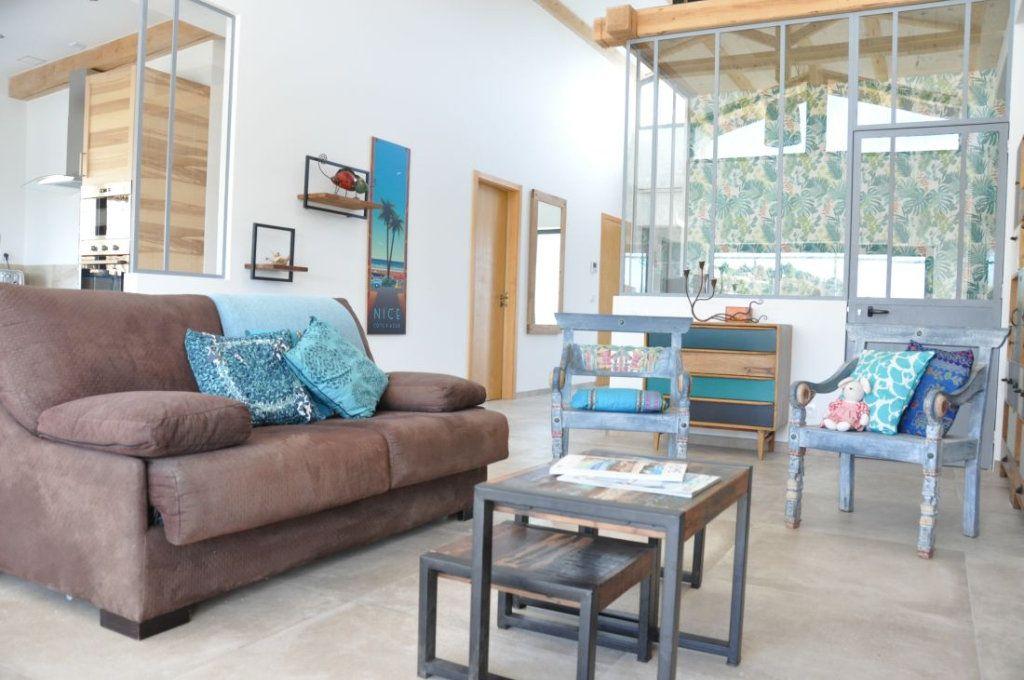 Maison à vendre 4 383m2 à Vence vignette-8