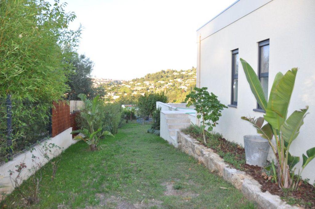 Maison à vendre 4 383m2 à Vence vignette-15