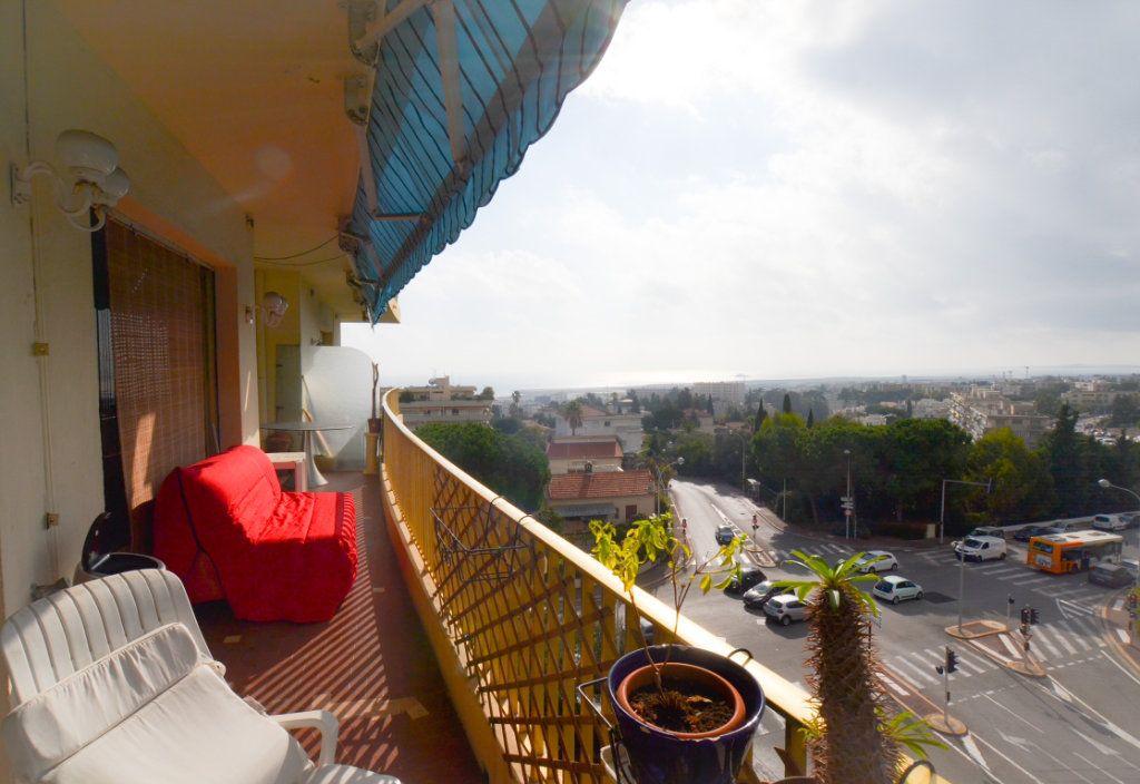 Appartement à vendre 3 80.53m2 à Nice vignette-1