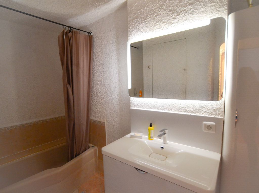Appartement à vendre 3 80.53m2 à Nice vignette-9
