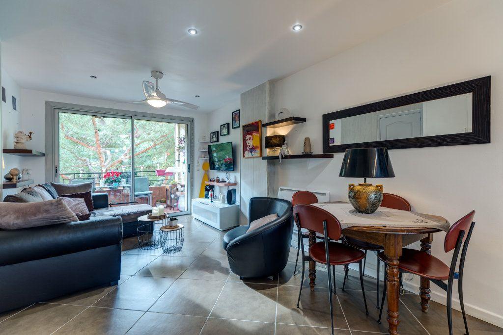 Appartement à vendre 4 73m2 à Nice vignette-1