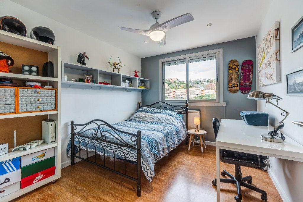 Appartement à vendre 4 73m2 à Nice vignette-7