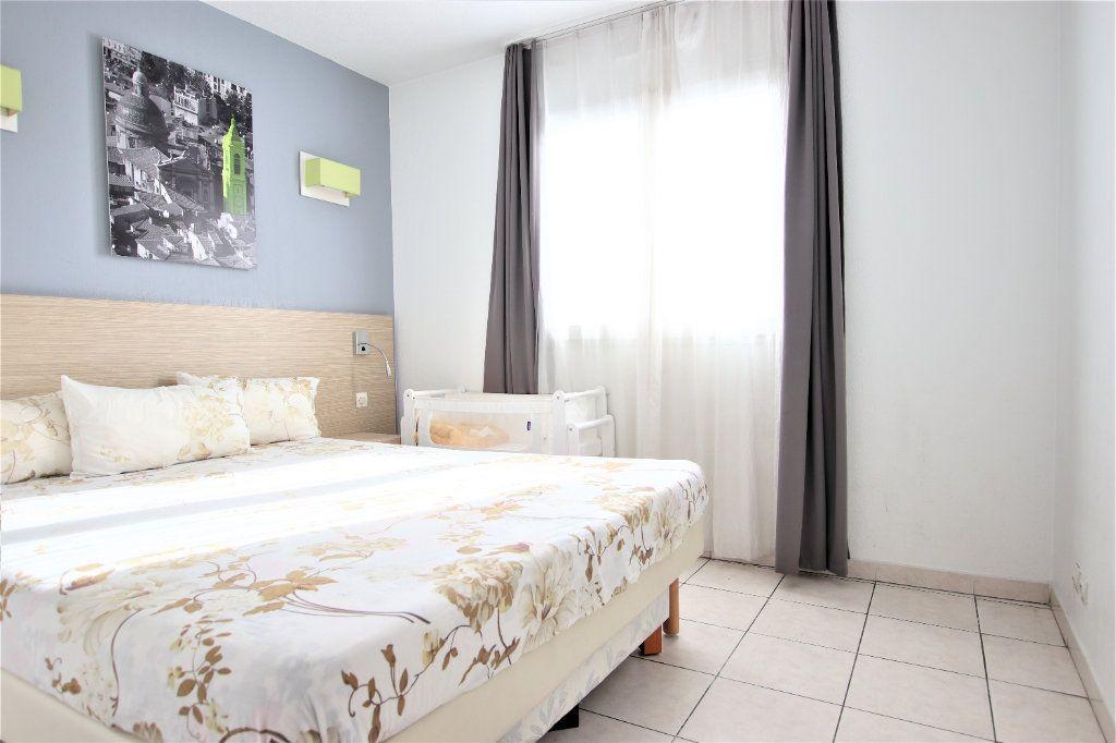 Appartement à vendre 2 37m2 à Nice vignette-2
