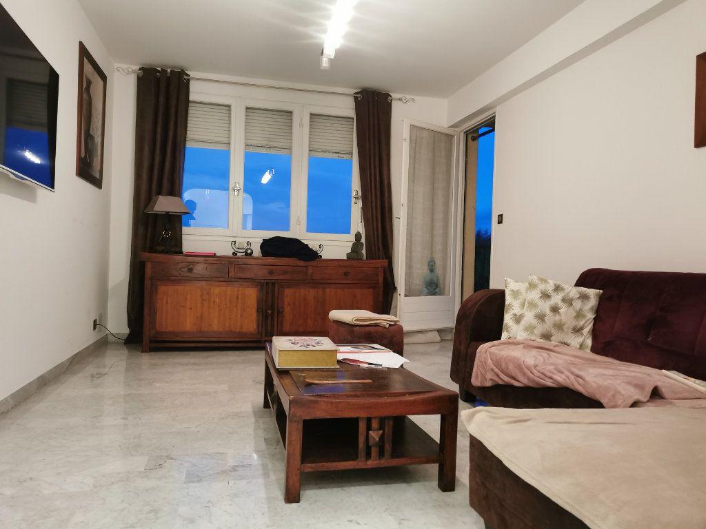Appartement à vendre 4 78m2 à Cagnes-sur-Mer vignette-2