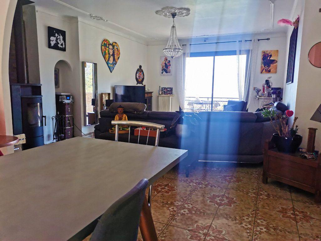 Maison à vendre 6 210m2 à Castagniers vignette-2