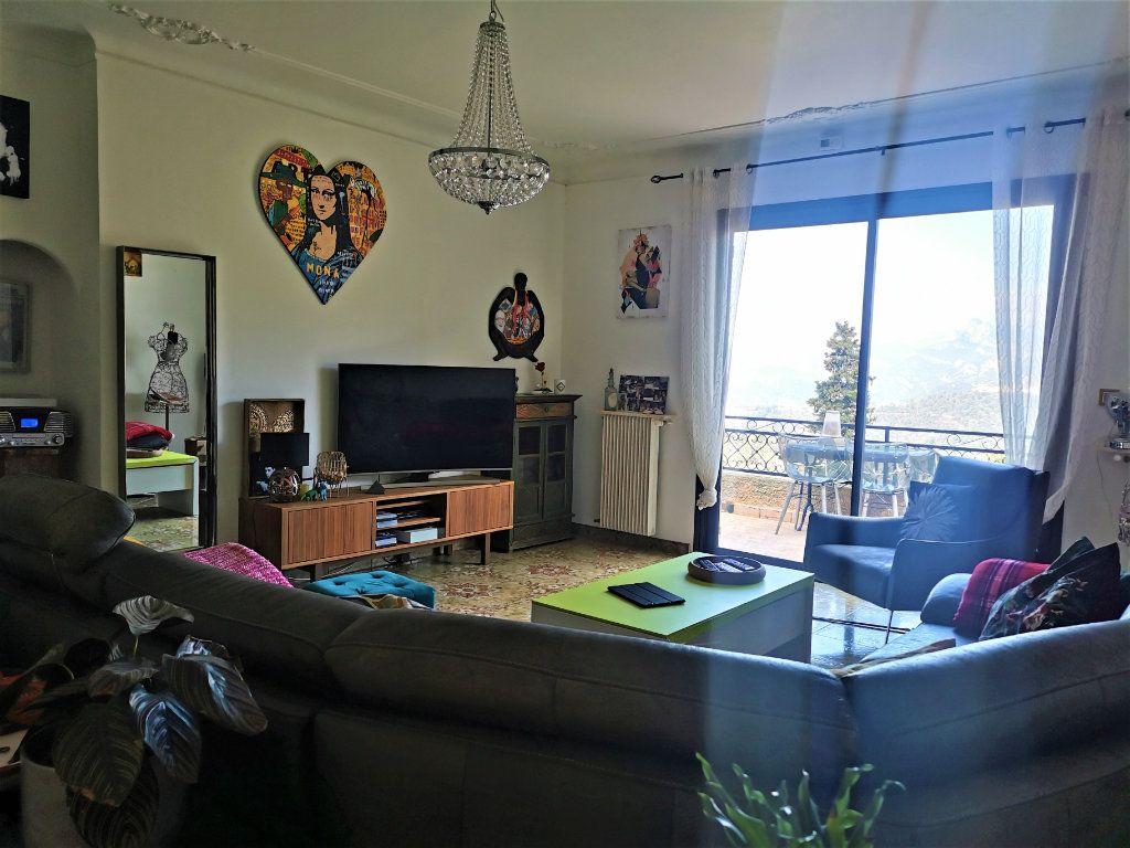 Maison à vendre 6 210m2 à Castagniers vignette-3