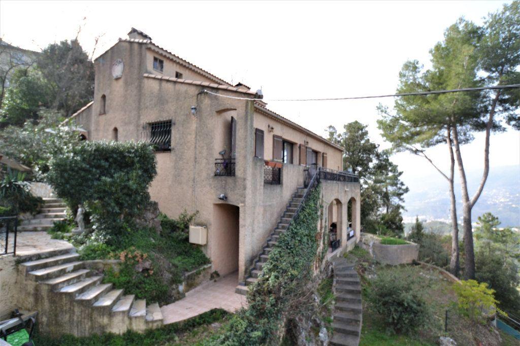 Maison à vendre 6 210m2 à Castagniers vignette-12
