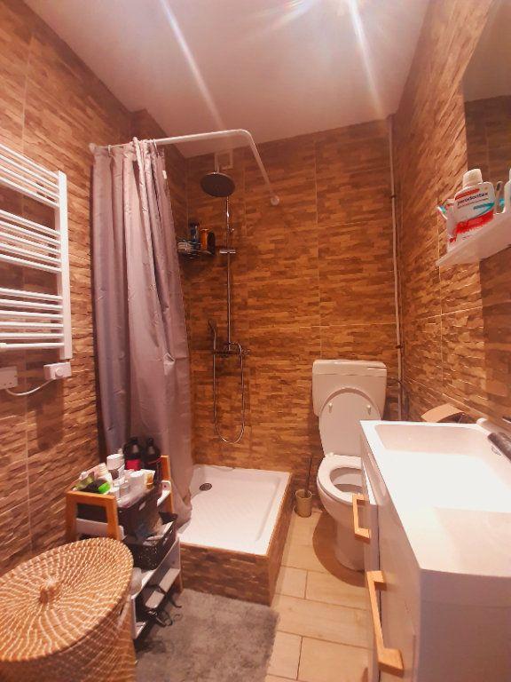 Appartement à vendre 2 30m2 à Nice vignette-3