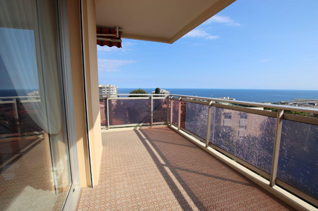 Appartement à vendre 5 131m2 à Nice vignette-1