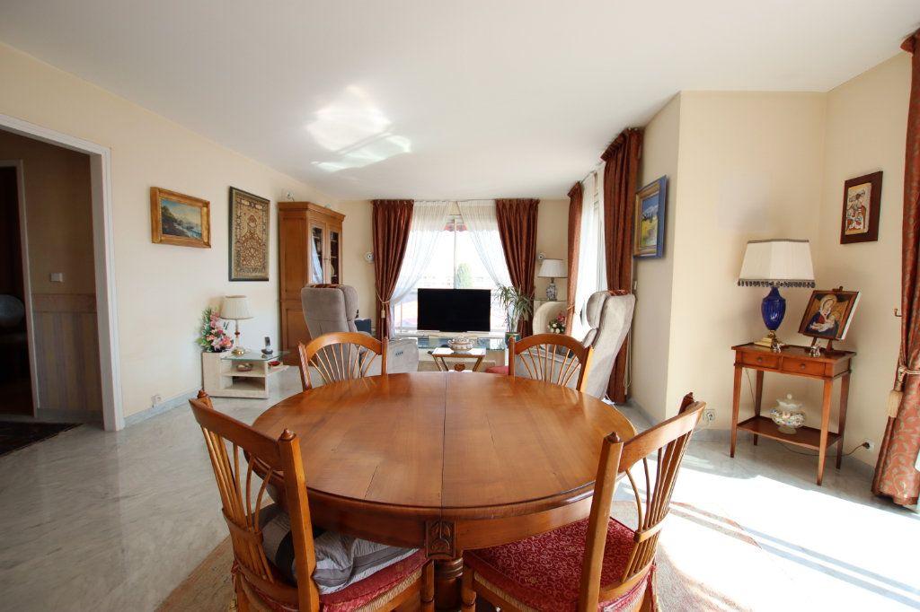 Appartement à vendre 5 131m2 à Nice vignette-4
