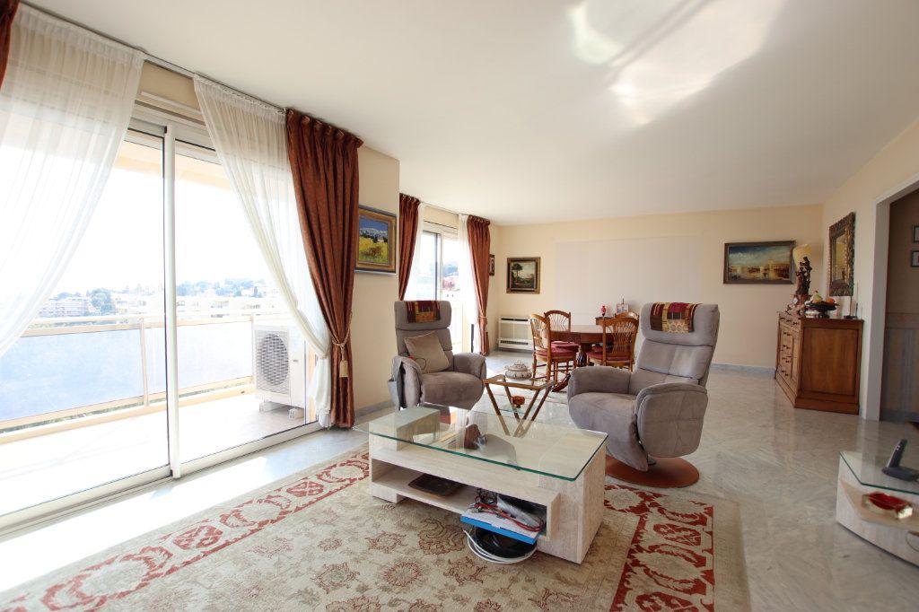 Appartement à vendre 5 131m2 à Nice vignette-7