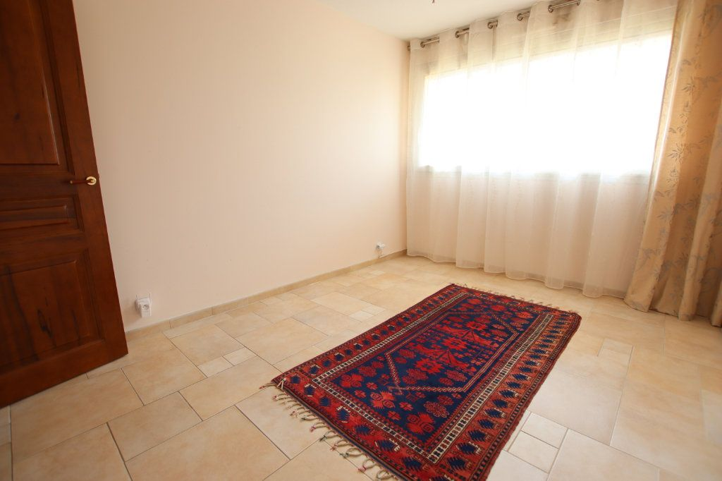Appartement à vendre 5 131m2 à Nice vignette-9