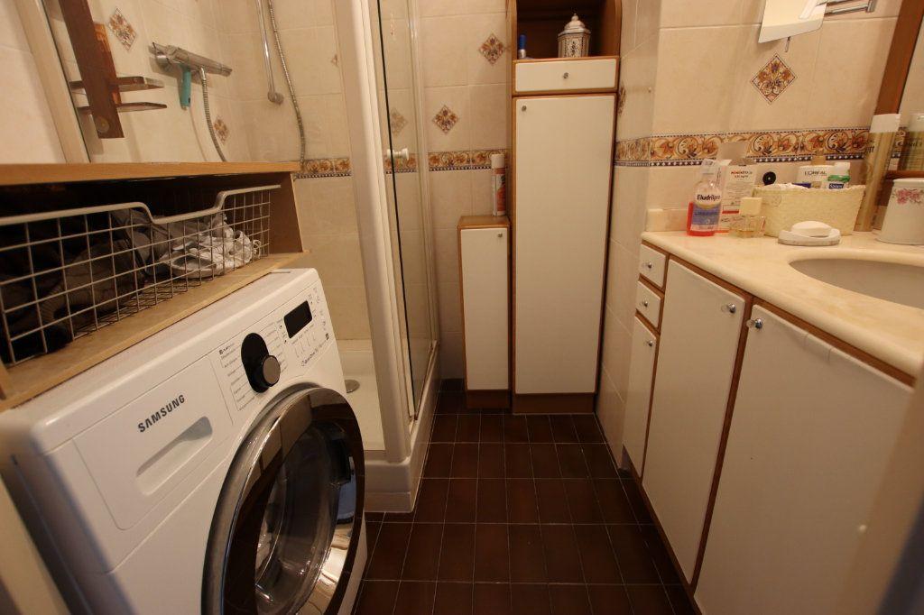 Appartement à vendre 5 131m2 à Nice vignette-10