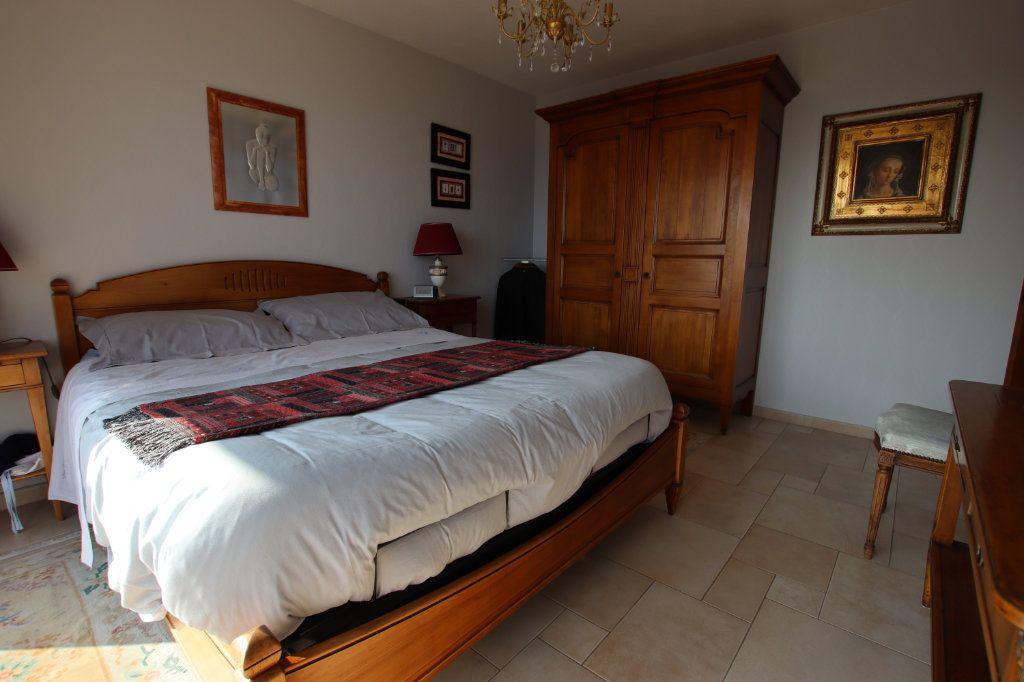 Appartement à vendre 5 131m2 à Nice vignette-13