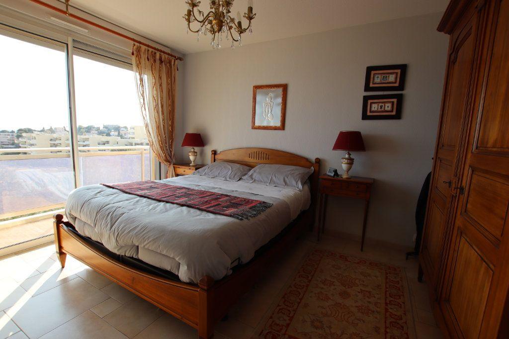 Appartement à vendre 5 131m2 à Nice vignette-14